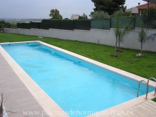 Piscinas de hormigon poolhmon piscinas por s lo for Materiales de construccion piscinas