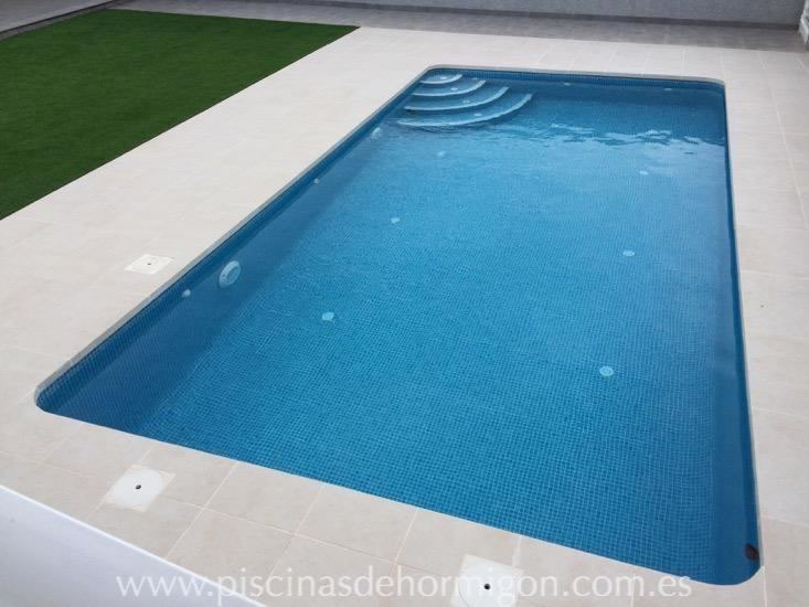 Piscinas de hormigon poolhmon piscinas por s lo for Precio construccion piscina obra